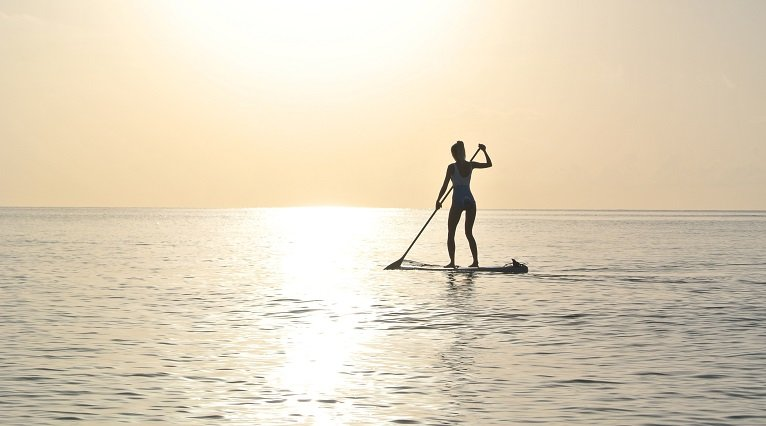 Paddle Board in see